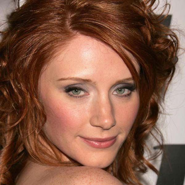 Makeup tips for redheads with blue eyes