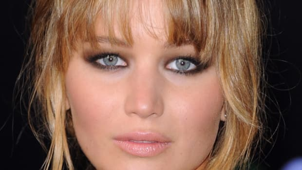 Jennifer-Lawrence-Hunger-Games-premiere-LA