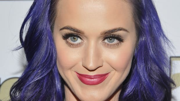 Katy-Perry-purple-hair