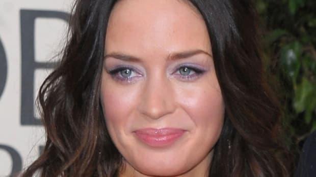 Emily-Blunt-Golden-Globe-Awards-2010