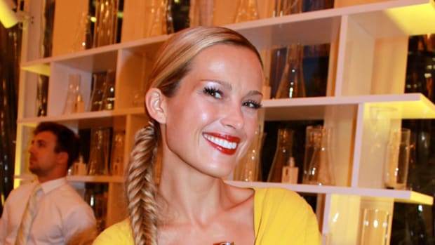 Clinique Dramatically Different party - Petra Nemcova