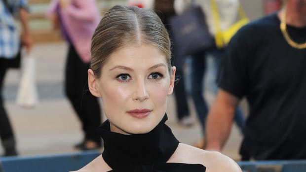 Rosamund Pike, Gone Girl premiere, 2014