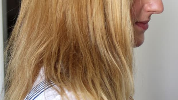 Damaged hair before