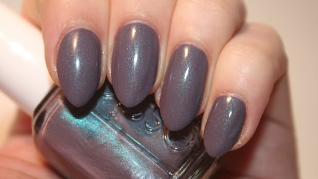 Essie Coat Couture (matte)