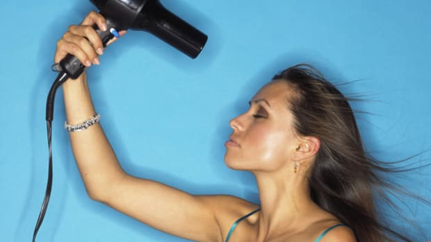 woman-drying-hair