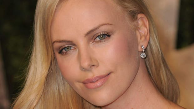 Charlize Theron 2011 Vanity Fair Oscar Party