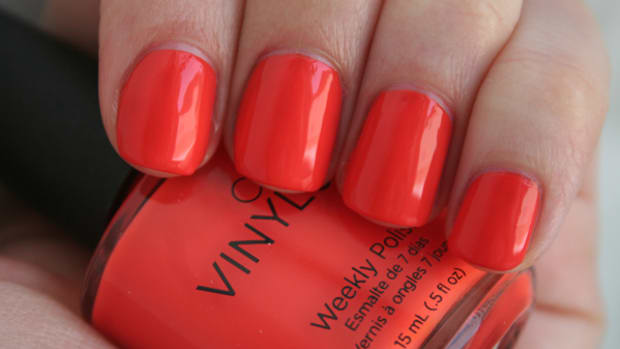 CND Vinylux Electric Orange