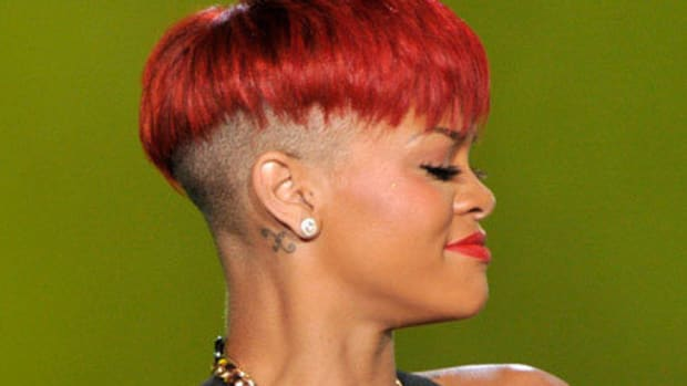Rihanna-red-hair-shaved-sides