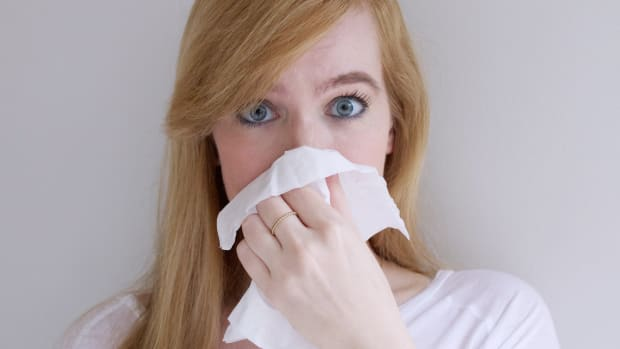 How to cover up allergies