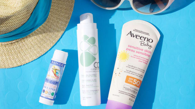 Chemical-free sunscreen