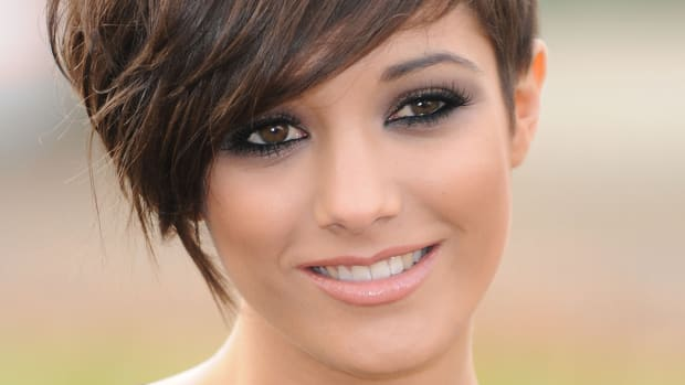 How to grow out a pixie to a softer look