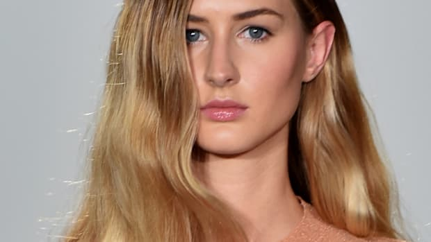 How to get textured waves in your hair
