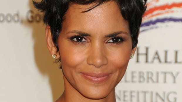 Halle Berry, Silver Rose Gala, 2012