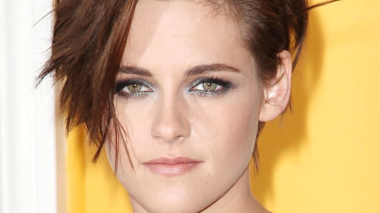 Kristen Stewart Has a New Short Haircut (and the Most Amazing Smoky Eyes)
