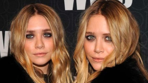 Ashley-Olsen-and-Mary-Kate-Olsen-WWD-Anniversary-Gala-2010