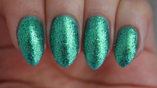 Sally Hansen Triple Shine Seanic