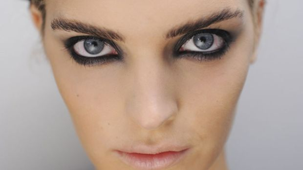 Moschino - Spring 2012 makeup