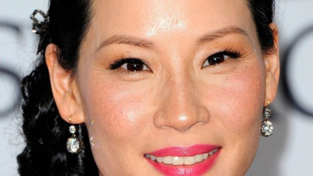 Lucy-Liu-2011-CFDA-Awards