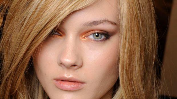 Armani Prive - Fall 2010 hair