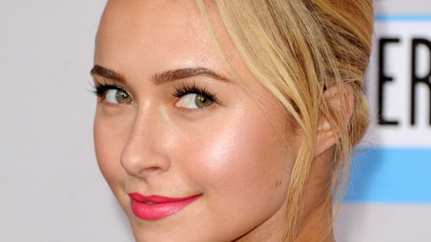 Hayden Panettiere - American Music Awards 2012