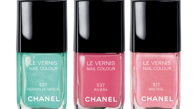 chanel-les-pop-up-de-chanel-nouvelle-vague-nailpolish
