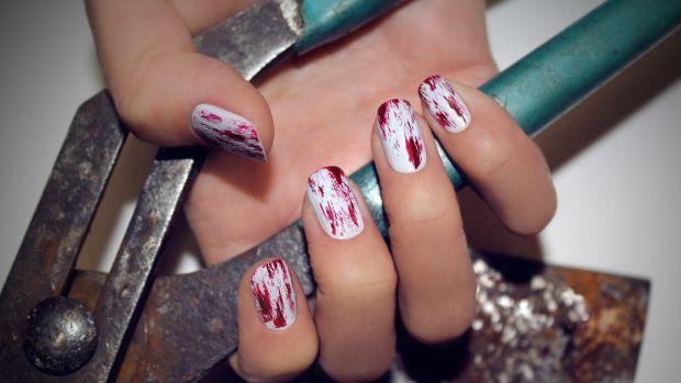 Bloody nail art