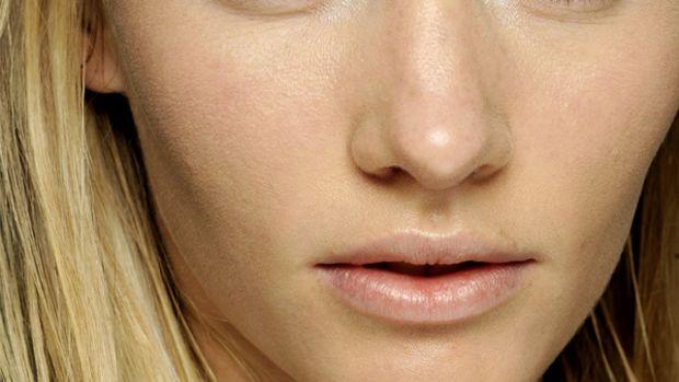 Giambattista Valli - Fall 2012 makeup