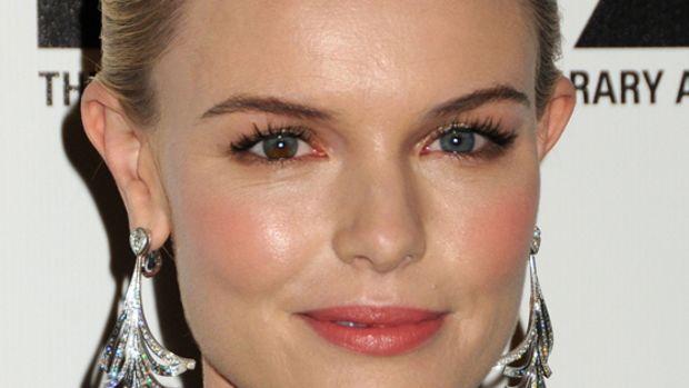 Kate-Bosworth-Nov-2010-2