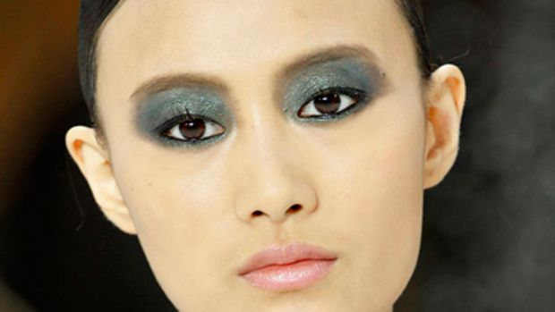 Chanel-SS-2011-makeup