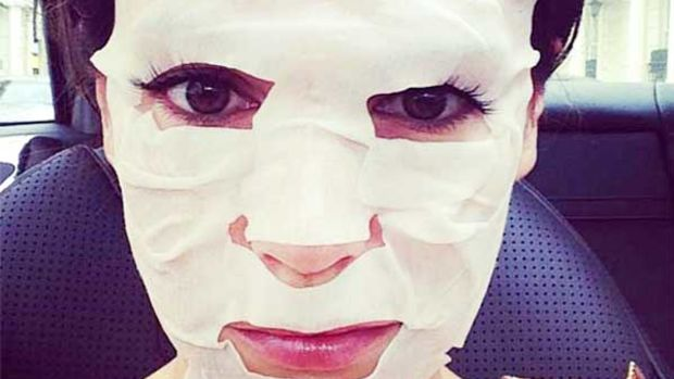 Kelly Brook sheet mask