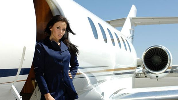 girl-private-jet-service