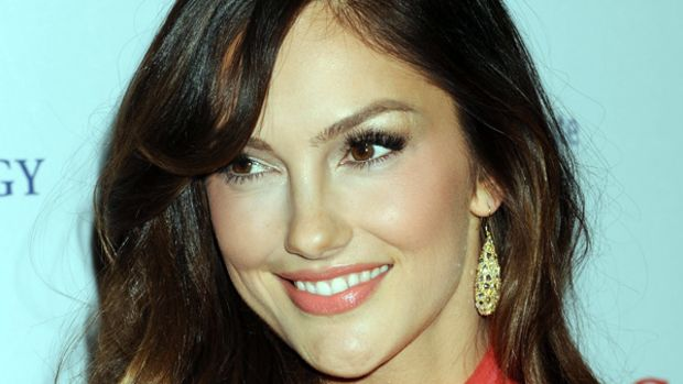 Minka Kelly - The Heart Truth - Feb 2013