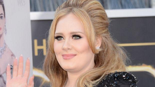 Adele - Oscars 2013 nails
