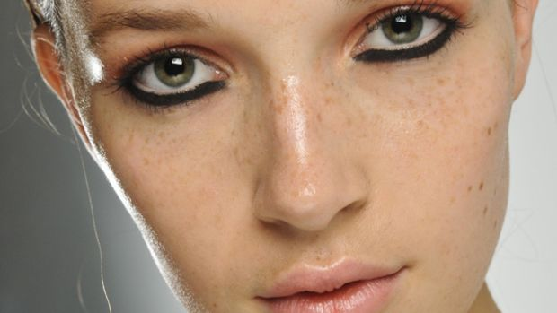 House of Holland - Spring 2012 makeup