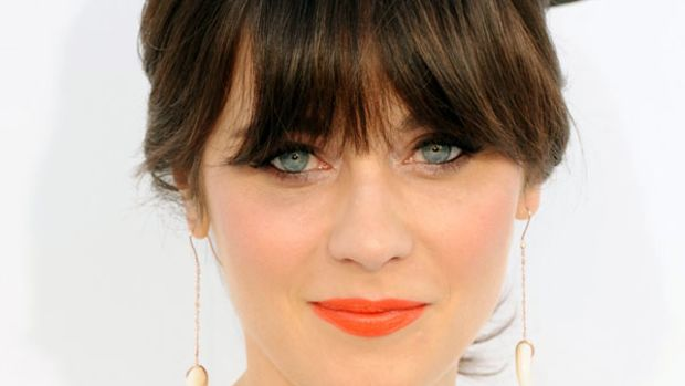 Zooey Deschanel - orange lipstick
