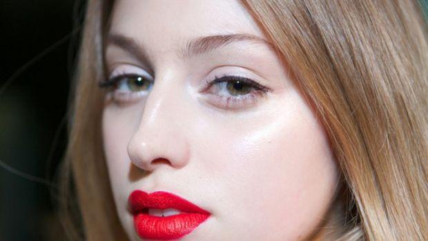 Arthur Mendonca - Spring 2013 makeup