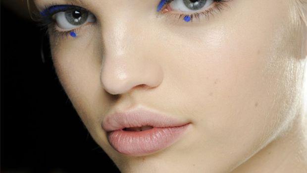Anna Sui - Fall 2012 makeup