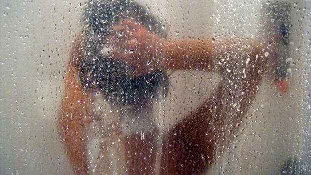 How to use sulfate-free shampoo