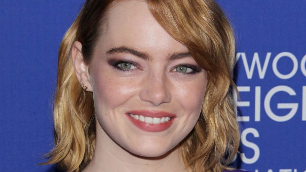 Emma Stone, Hollywood Foreign Press Association Grants Banquet, 2016