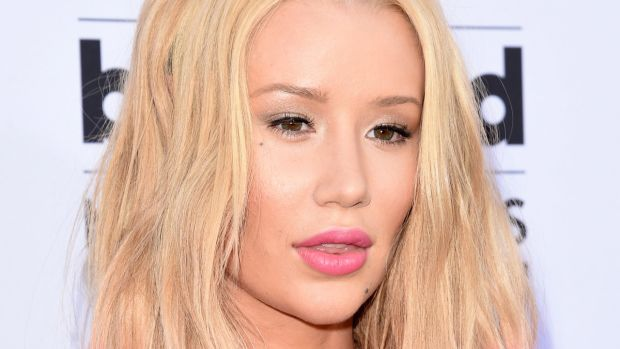 Iggy Azalea, Billboard Music Awards 2015