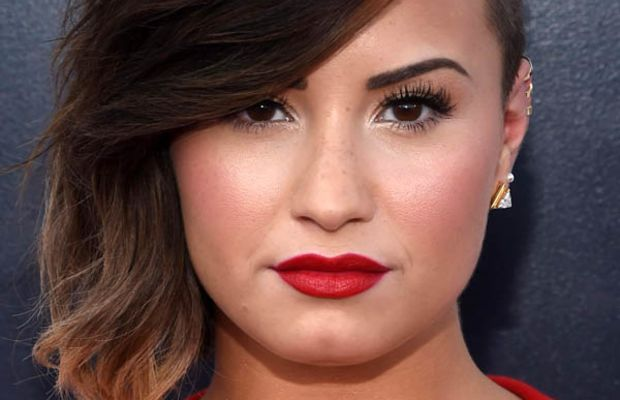 Demi Lovato, MTV Video Music Awards 2014