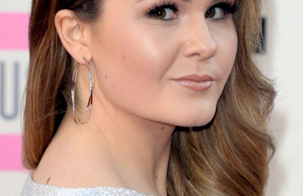Ashlee Keating, American Music Awards, 2013