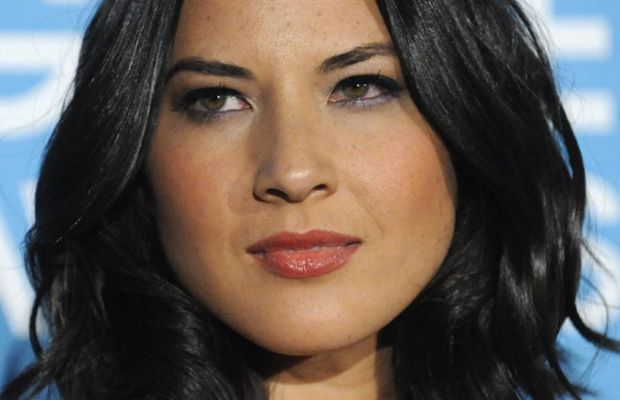 Olivia-Munn-Hollywood-Foreign-Press-Party-December-2011