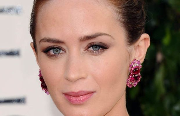 Emily Blunt - Golden Globe Awards 2013 makeup