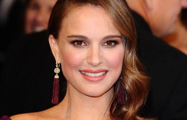 Natalie-Portman-2011-Oscars-2