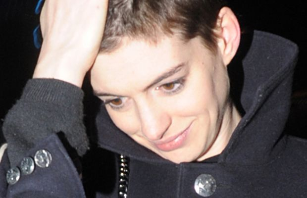 Anne-Hathaway-short-hair1