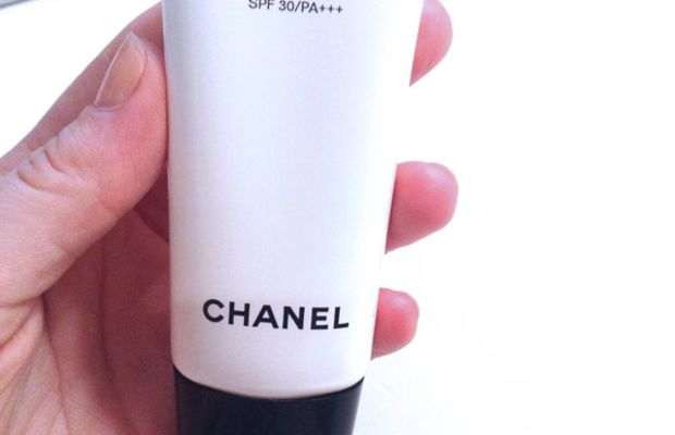 Chanel CC Cream review (packaging)