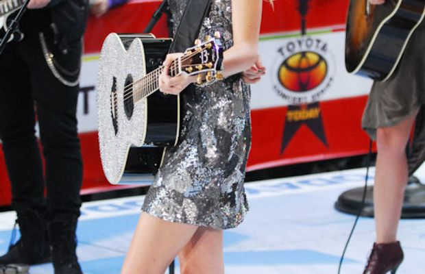 Taylor-Swift-Today-Show-2010-2