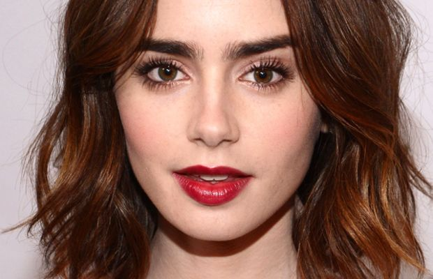 Lily Collins makeup, Glamour Women of the Year awards, 2013