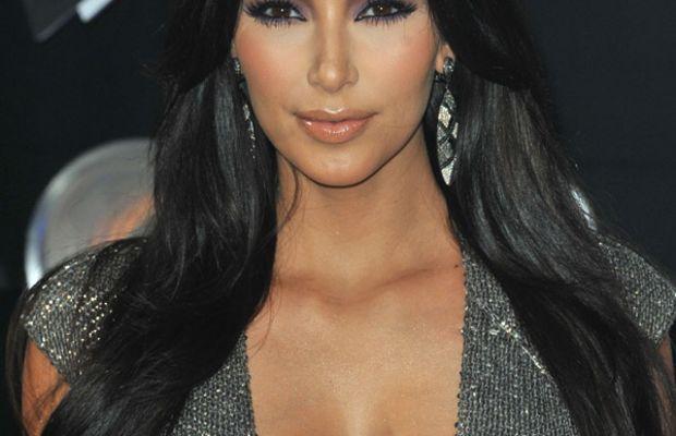 Kim-Kardashian-MTV-Music-Video-Awards-2011